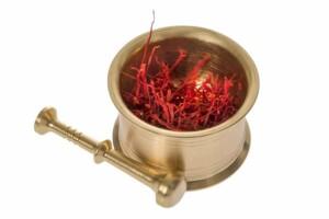 Buy Saffron and Grinder
