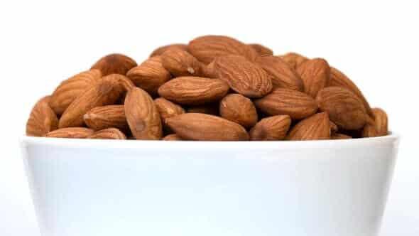 Best nuts for vegetarian diet - almonds