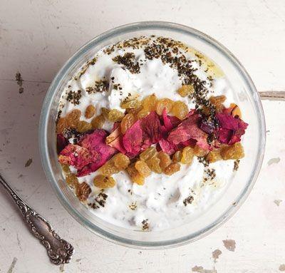 Yogurt and Cucumber Dip (Mast-o Khiar)