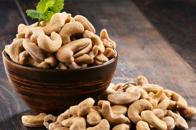 cashews-heart-health-benefits